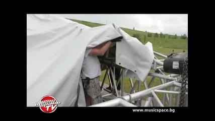 Изграждане на фестивалния комплекс на Loud Festival 2012 - Ден 1