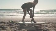 Да караш сърф на високи токчета!