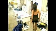 Олеле забравила съм да си обуя бикините!!!