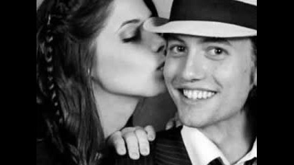 Ashley Greene (alice) & Jackson Rathbone (jasper) - In Your Arms