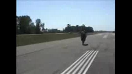 луди мотористи Stunts crash and cool
