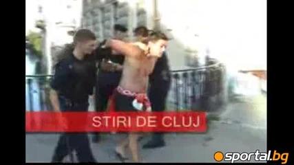 Още кадри от мелето с полицията в Румъния