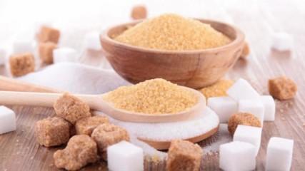 Прави ли ни захарта тъжни