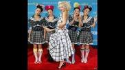 Gwen Stefani - Hollaback Girl(в Снимки)