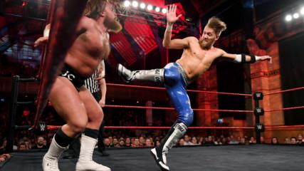 Марк Андрюс срещу Джо Кофи, Разбиване UK, 17 октомври 2018