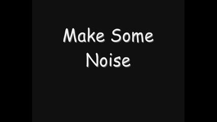 Krystal Mayers - Make Some Noise (lyrics)