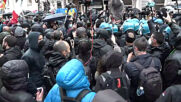 Italy: Business owners scuffle with police while holding unauthorised protest in Rome