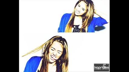 Коя снимка на Miley ви харесва най - много ?