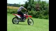 Honda Crf250x wheelie