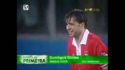 Футболист Умира по време на Мач !!