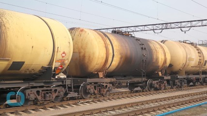Transportation Department Issues Rules on Trains Carrying Crude Oil