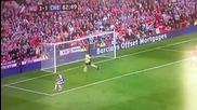 Уни кален пропуск на Фернандо Торес срещу Ман Юнайтед