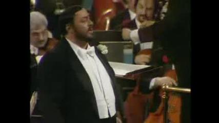 Pavarotti - Una Furtiva Lagrima - Lelisir Damore Donizetti