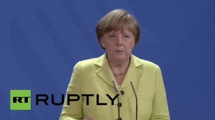 Меркел обсъжда защитата на данните с фирми от бранша