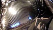 Ето как сами да си облепите разни детайли от вашия автомобил с карбоново фолио!