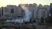 State of Palestine: Israeli forces shoot 1 dead, dozens injured in Beit El clashes