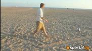 Бекъм с изпълнения на плажа