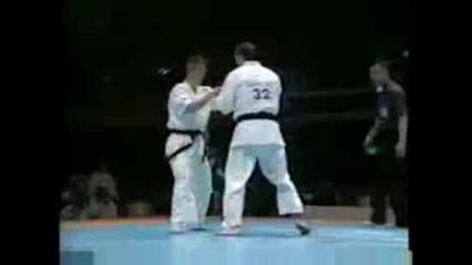 Emil Kostov 1st fight of the World tournament.