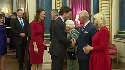 Великобритания: Кралицата посреща лидерите