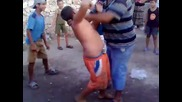 Циганче играе кючек
