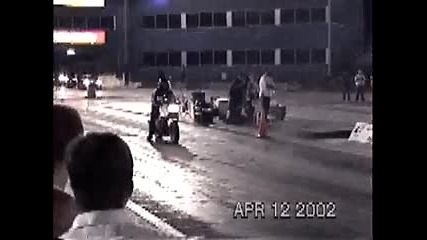 моторист се пребива