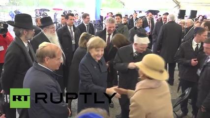 Меркел се срещна с евреи, оцелели след концентрационния лагер Дахау