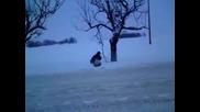 Sabit ostana pod snega :):):)