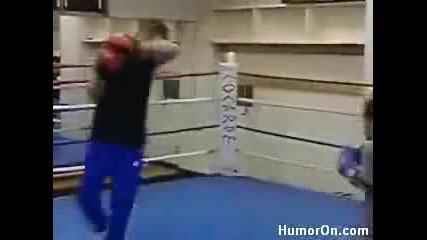 nio boxeador mnogo lud gledaite go talant