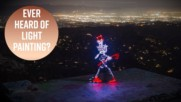 Скелети оживяват в уникална светлинна анимация