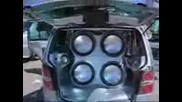 Subwoofer Automaxx 2006