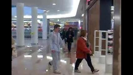 По пижама в мола (николай Петров) *много Смях*