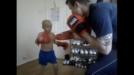 Дете на 5 години Бъдещ Мма Шампион!!!