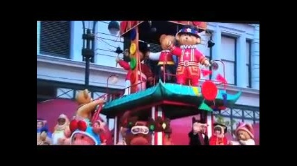 Zendaya Coleman ` s Performance At Macy ` s Thanks- Giving Parade !