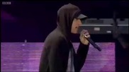 « Превод » Eminem - Love The Way You Lie ( T In The Park Live )