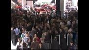 Автосалон 2012 в Лос Анджелис привлече хиляди любителите на автомобилите