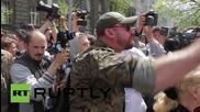 """Ukraine: Right Sector threaten """"war"""" outside Poroshenko's administrative building"""