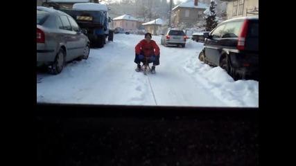 Дърпане на шейна с кола - Габрово 01.02.2014г.