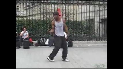 Изключителeн уличeн танцьор .шоу