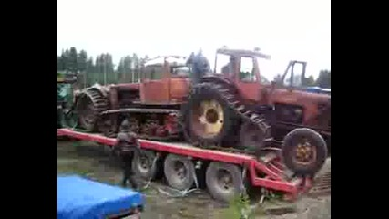 Трактор МТЗ-50 с полуверижно задвижване