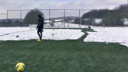 Testing Messi Boots_ adidas F50 micoach 2 Test _ Free Kick Review _ freekickerz