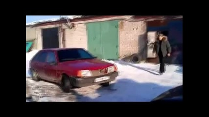 Разглобяване на Руски автомобил за секунди!