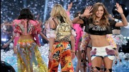 Victoria's Secret Model Josephine Skriver Talks About Being an 'IVF Kid,' Growing Up With Gay Dad and Mom