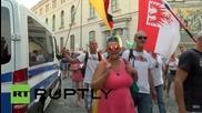 Германия: Хиляди поддръжници на PEGIDA маршируват по улиците на Дресден
