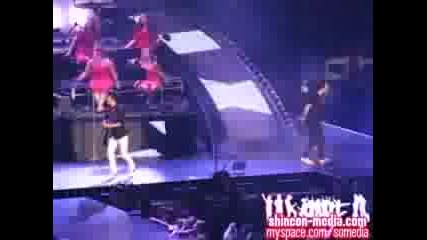 taylor swift ft. jonas brothers[3d concert][hq]