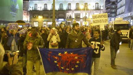 Spain: Protesters in Madrid rally against EU-Turkey draft deal on refugees