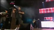 Хиляди Фенове Избухват на Eminem - Love The Way You Lie ft. Rihanna [ Live ]