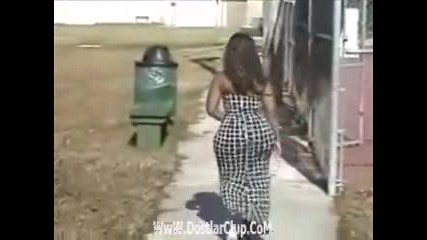 Огромно дупе