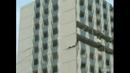 Така се сабарят сгради в Русия