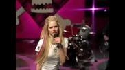 [bg превод ] Avril Lavigne - Girlfriend ( High Quality)