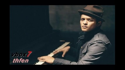 {текст и превод} Bruno Mars - Talking To The Moon